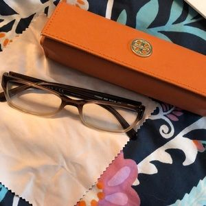 Tory Burch Glasses with case